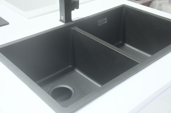 Undermount Double Bowl Granite Kitchen Sink pictures & photos