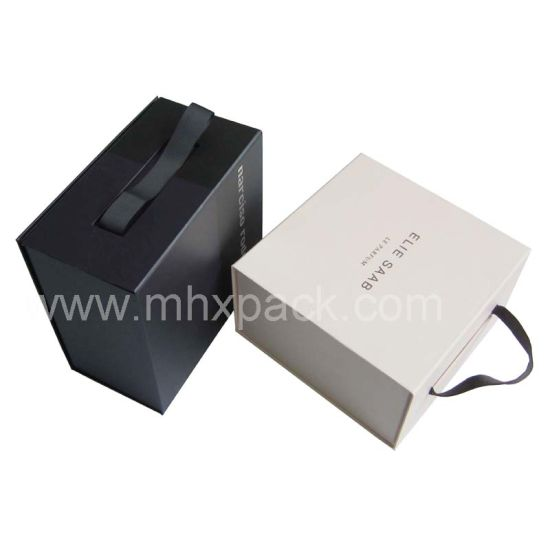 Black Foldable Gift Packaging Paper Box with Ribbon Handle