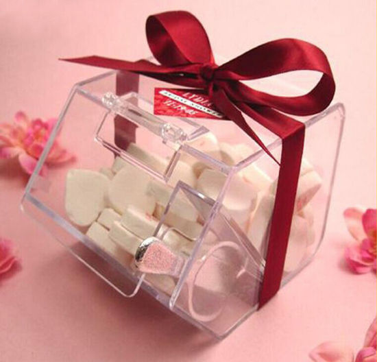 Christmas Gift Box Acrylic Mini Candy Box pictures & photos