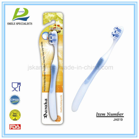 OEM Eco-Friendly Nylon Adult/Child/Kid Personal Care Travel Toothbrush pictures & photos