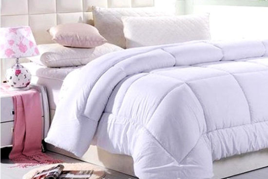 Luxury Super Soft Microfiber Quilt with Rabbit Design