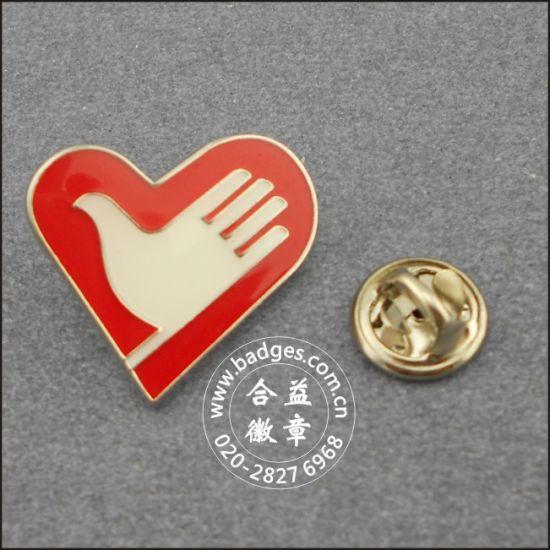 Heart Shape Volunteer Badge, Custom Lapel Pin (GZHY-LP-092)