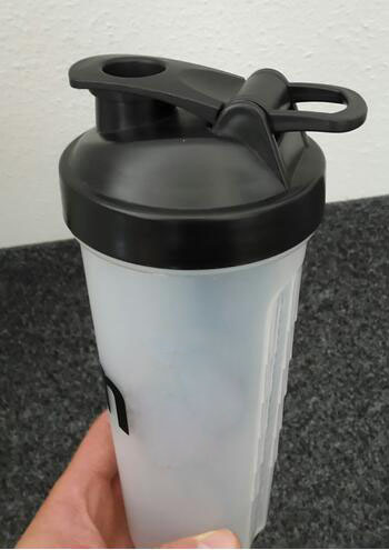 700ml Shaker Bottle with Plastic Wire Ball (XQ17700ML)