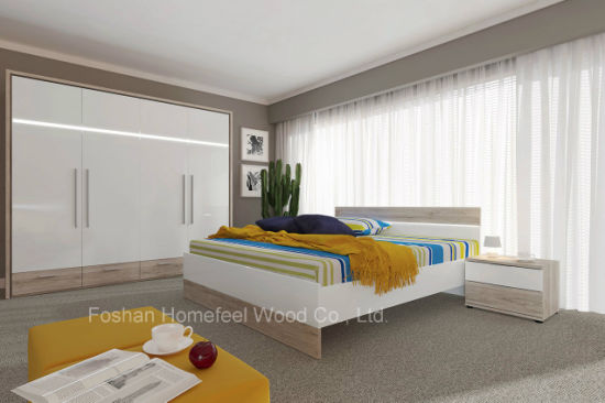 Hot Sell Modern Wooden Bedroom Furniture Set with Wardrobe (HF-EY08031)