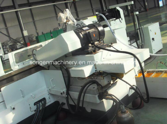 500/200mm (OD/ID) Universal Cylindrical Grinding Machine pictures & photos
