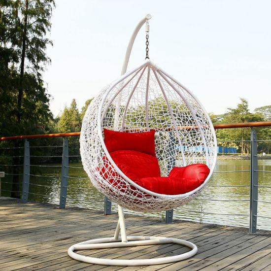 Renel Hot Sale Outdoor Rattan Wicker Metal Egg Swing Chair for Wholesale