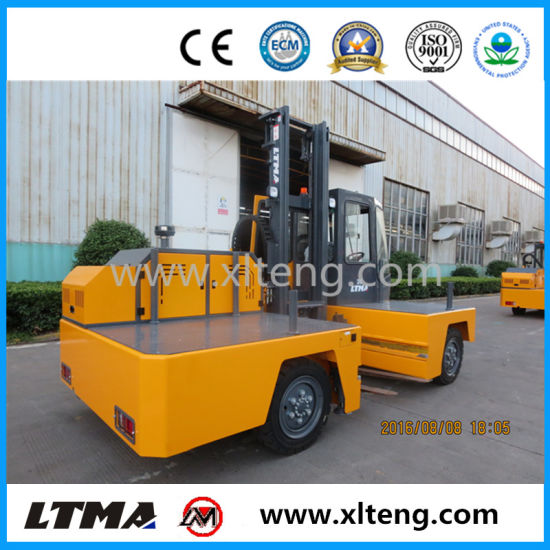 2017 New 3 Ton Diesel Side Loader Forklift Price pictures & photos