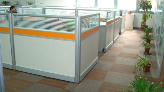 China 3 Person Office Desk Curve Partition Workstation Panel