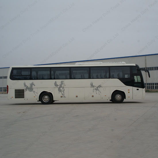 Left/Right Hand Drive 46-52seasts Luxury Coach Tourist Bus pictures & photos