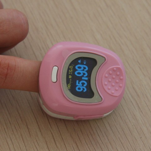 Pulse SpO2 Oximeter Oxygen Saturation Monitor (CMS50QB) -with CE Certificate pictures & photos