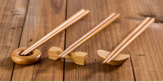 Premium Reusable Gift Set Bamboo Chopstick with Holder pictures & photos