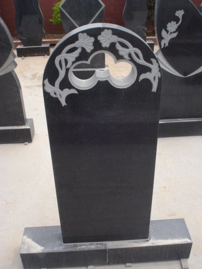 Western Style Granite Monuments, Cross Tombstone, Heart Tombstone pictures & photos