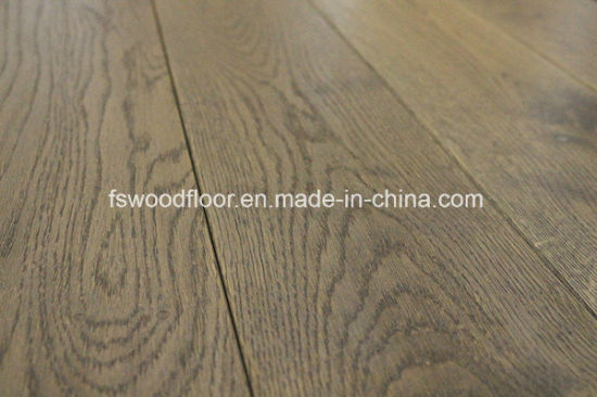China Wire Brushed Gray Color Oak Solid Wood Flooring 5 X 34