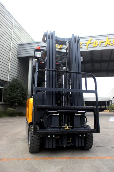 XCMG Electric Forklift 2 Ton New Side Door Battery Operated Electric Fork Lift Truck pictures & photos