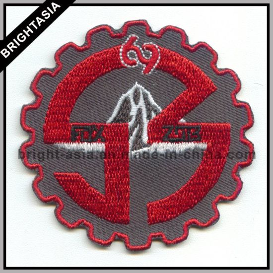 Fashion Embroidery Patch for Iron on Clothing (BYH-10147)