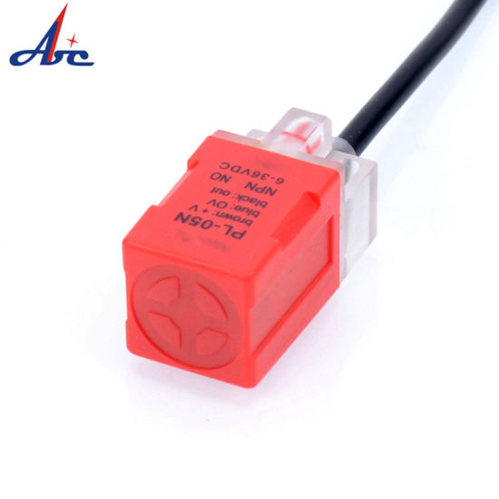 Square 17X17X35 Non-Screen Shield AC or DC 5mm Detection Distance Proximity Switch