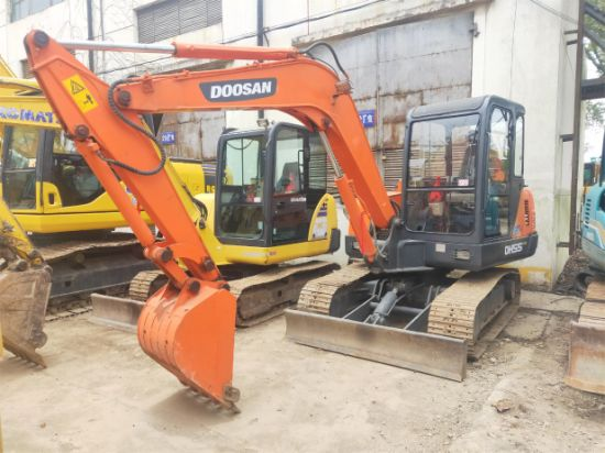 Used Doosan Mini Track Excavator Dh55 Available on Promotion, Secondhand Original Hydraulic Small Crawler Digger Dh55 Dh60 Dh80 on Promotion