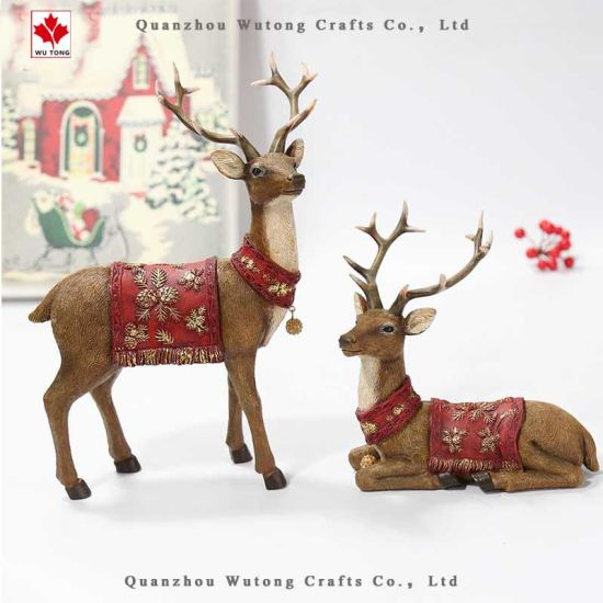 Promotional Resin Crafts Christmas Sitting Reindeer Home Holiday Decor pictures & photos