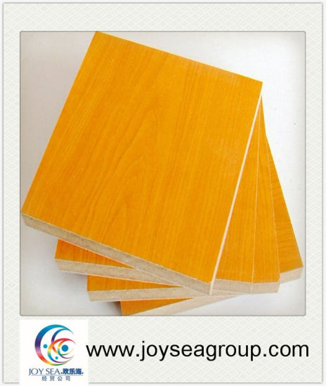 Moisture-Proof/Heat Resistant Melamine Chipboard pictures & photos
