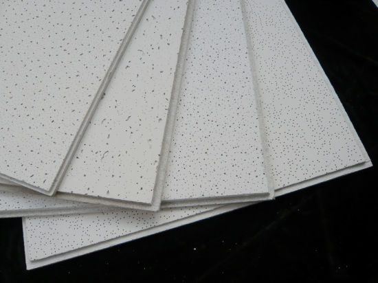 China Armstrong Type Mineral Gypsum Ceiling Board Fine