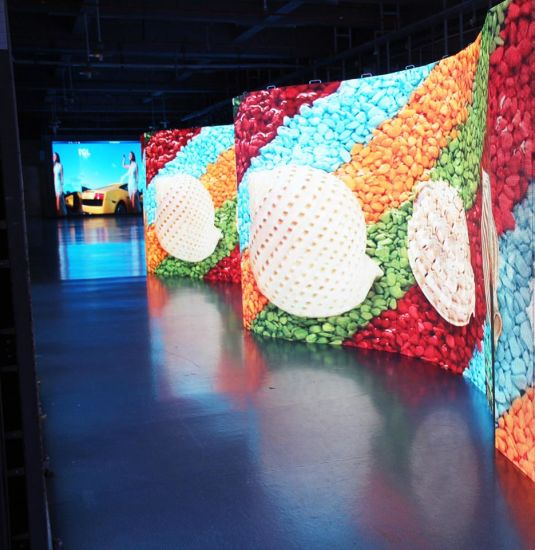P3.91 Outdoor Indoor Full Color Flexible Video Walls Curved LED Screen Display for Rental Stage