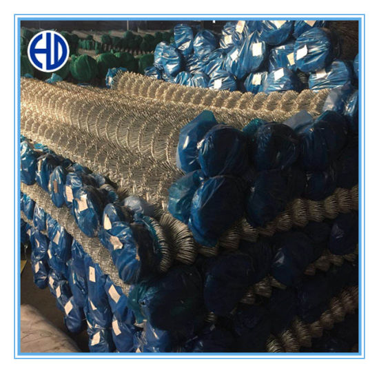 Hot Dipped Galvanized 9 Gauge Chain Link Wire Mesh Fence pictures & photos