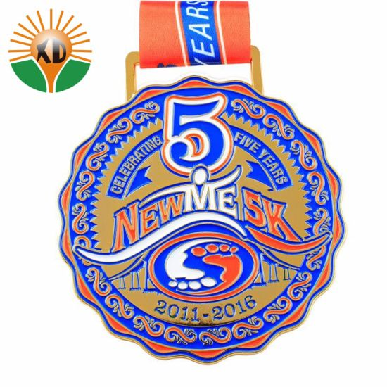 Factory Customized Logo Design Sport Souvenir Gold Silver Brass Medal pictures & photos