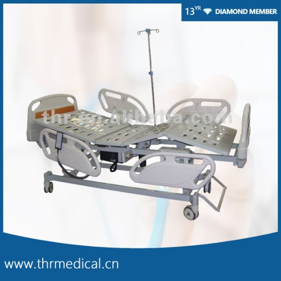 Ce Quality Three Function Electric Hospital Bed (THR-EB312)