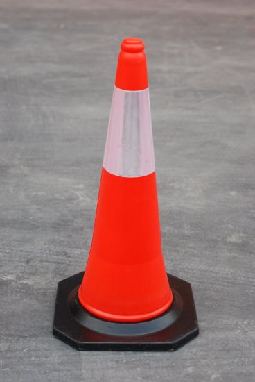 75cm Road Safety Cones with Two Reflective Tapes pictures & photos