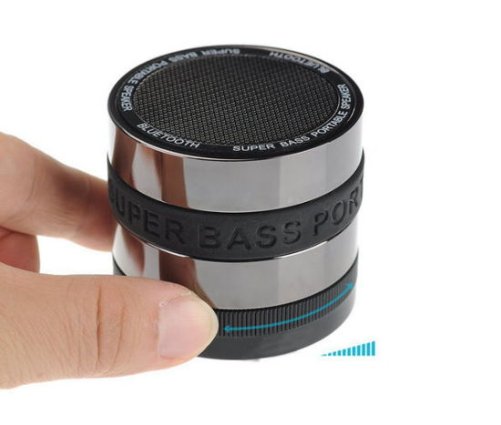 2017 Ept Super Bass Wireless Portable Bluetooth Speaker for Wholesale & Retail pictures & photos