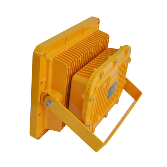 IP66 100W LED Explosion-Proof Light Canopy Light with Atex / Ce / RoHS pictures & photos