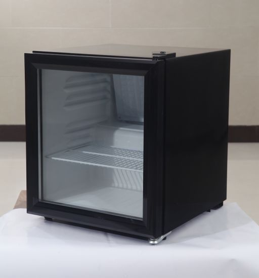 Mini Table Top Display Beverage Cooler Sc-52