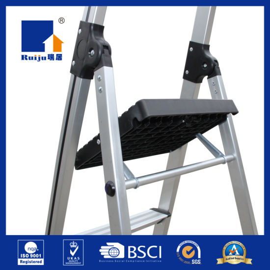 Aluminium Ladder with Handrail Tool Tray pictures & photos