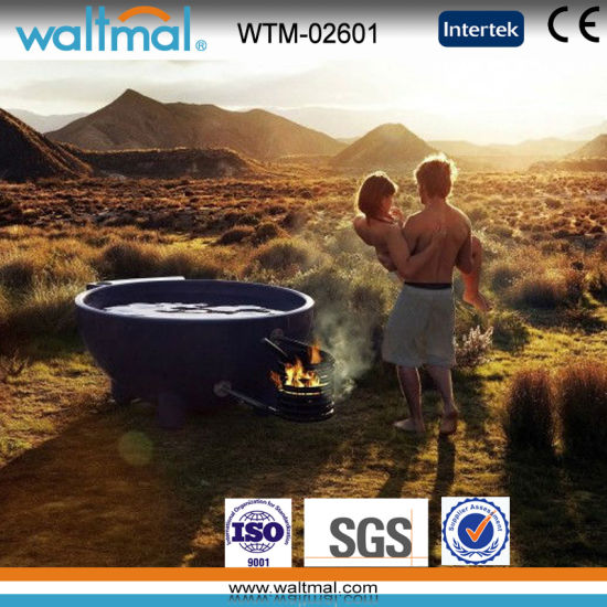 4 People Coloful Wood Fired Outdoor Soaking Hot Tub with BBQ (WTM-02601) pictures & photos