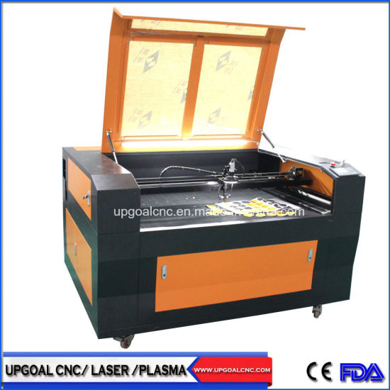 Batch Precision Fabric Embroidery Logo CO2 Laser Cutting Machine with CCD Camera