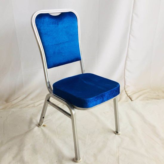 Commercial Furniture Hotel Royal Design Padded King and Queen Cheap Used Stacking Metal Colorful Throne Chairs for Hot Sales