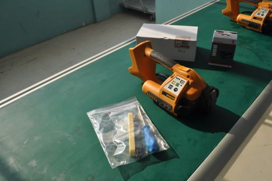 Orgapack Battery Strapping Tool /Italy Battery Strapping Machine for Plastic Strap pictures & photos