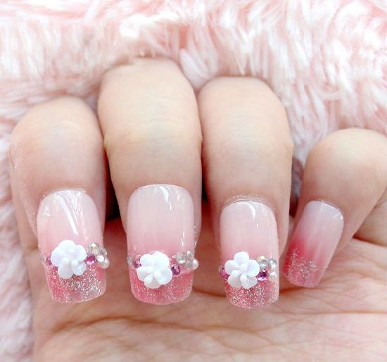 Harmless and Easy Artificial Fingernails pictures & photos