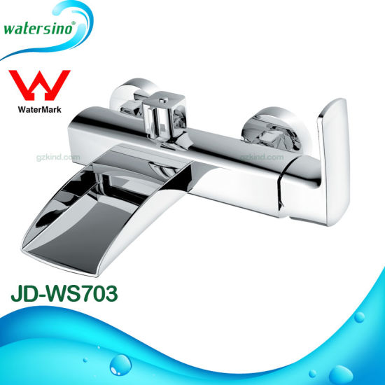 White and Gold Plated Brass Surface Mounted Waterfall Bathtub Faucet pictures & photos