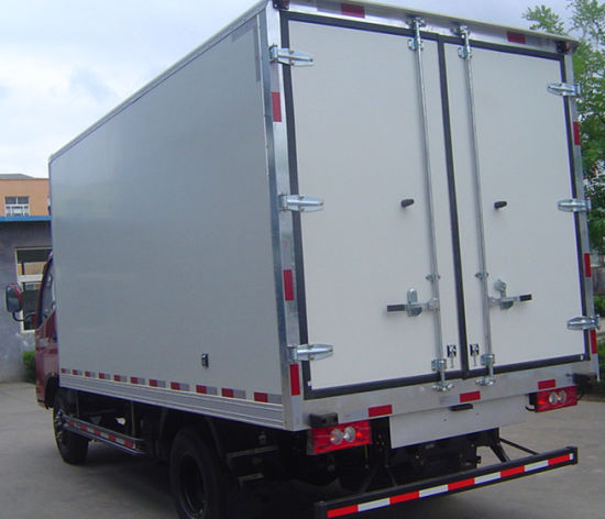 Refrigerated Truck Body for Beef Pork Chicken Fish pictures & photos