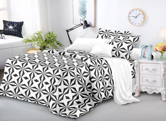2021 New Design Polyester Microfiber Dispersed Printed Bedsheet Fabric with Brushed Export to Europe&USA