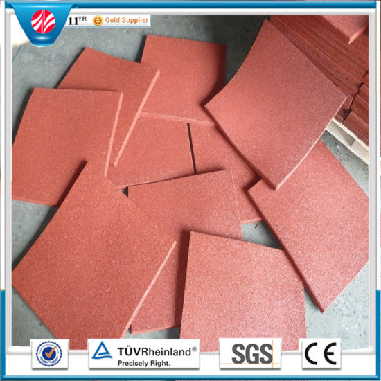 Anti-Fatigue Indoor Rubber Floor Tile / Recycled Rubber Tile pictures & photos