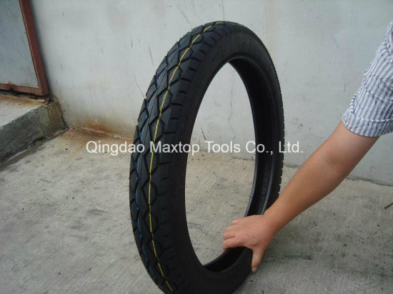 China Motorcycle Tyre pictures & photos