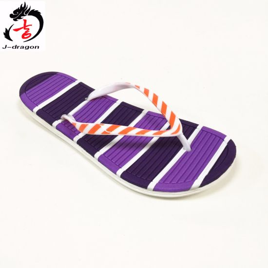 2016 New Style Flip Flops for Ladies pictures & photos