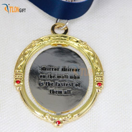 Golden Hollow out Running Metal Medal Promotional Craft
