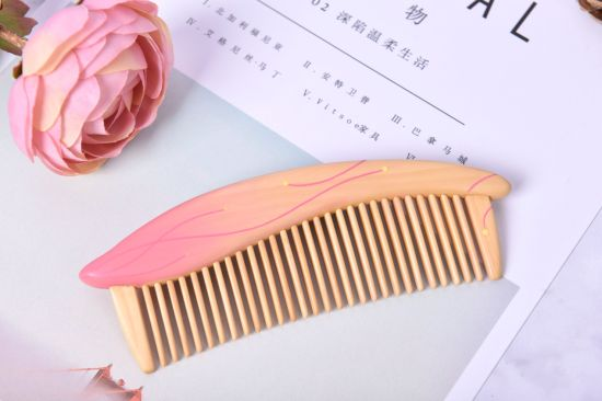 Handmade Hair-Care Comb Flowers: Camellia Speaking