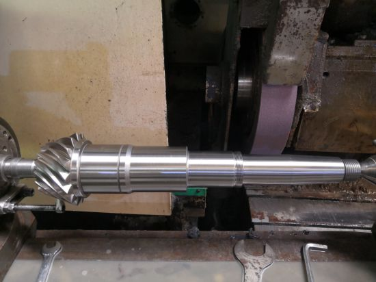 Gear Teeth Rectified Transmission Spiral Bevel Gear Shaft for Bevel Gearbox