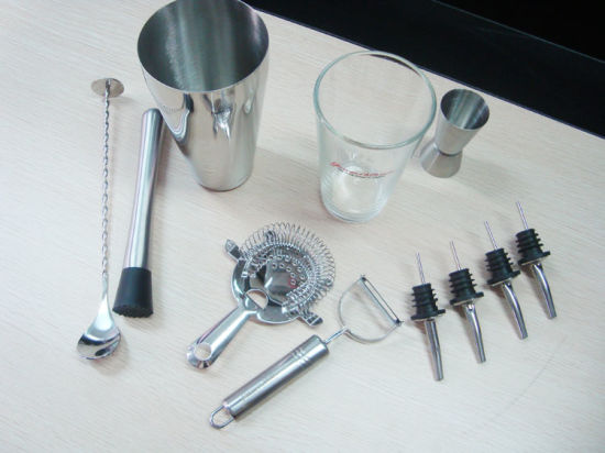 7 PCS Bar Tool Boston Shaker Metal Muddler Jigger Wine Pourer Set pictures & photos