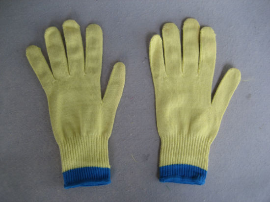10g Two Aramid Yarn Thread Cut Resistance Knit Work Glove 2306-3 pictures & photos