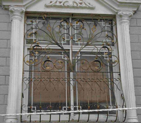 China 2018 Simple Designs Wrought Iron Balcony Window